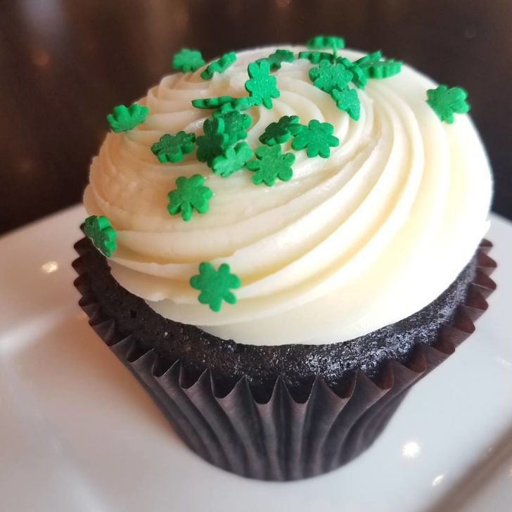 Creme Cupcake Bailey's and Guinness