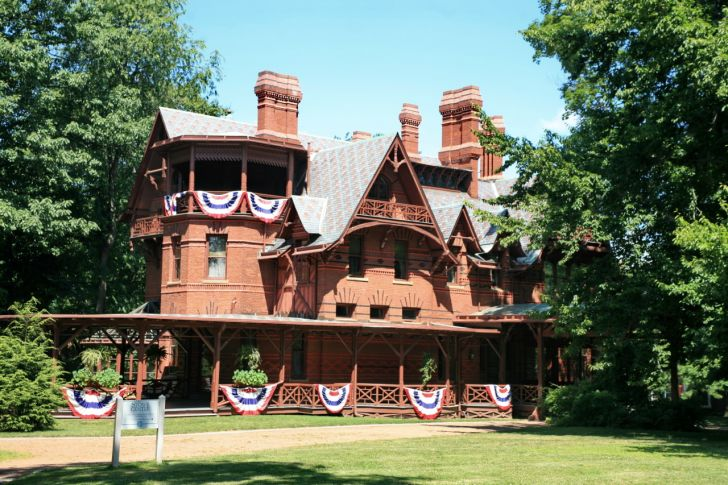 A photo of the Mark Twain House and Museum in Hartford, Connecticut.