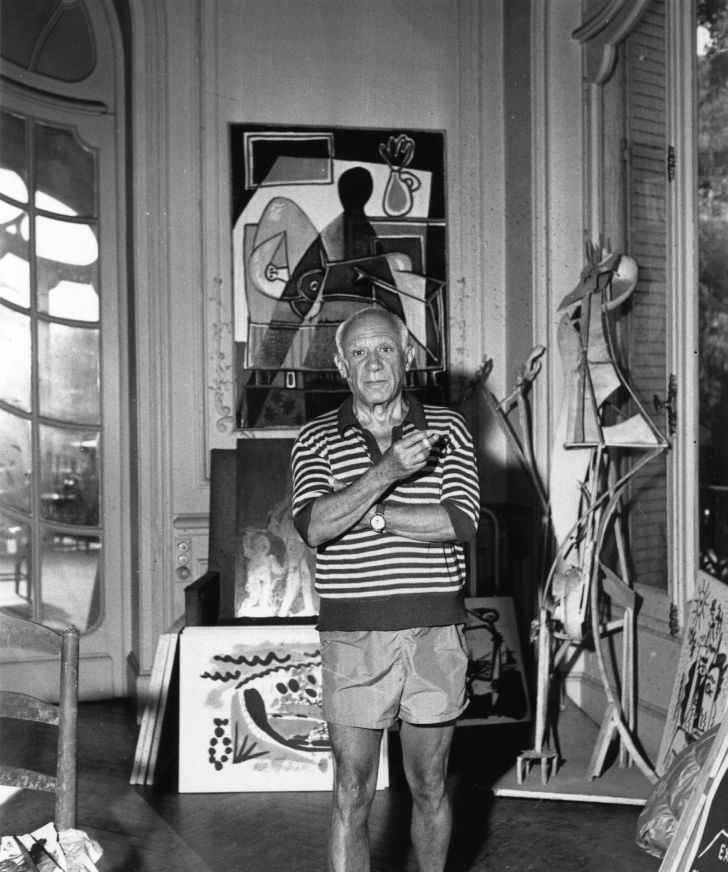 A photo of artist Pablo Picasso from 1955.