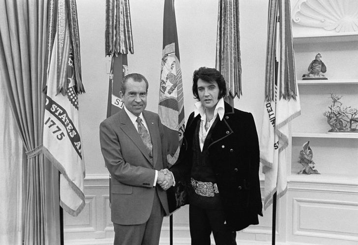 A picture of Elvis meeting President Richard Nixon.