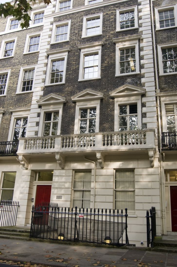Virginia Woolf's home and the location where the Bloomsbury Group would meet.