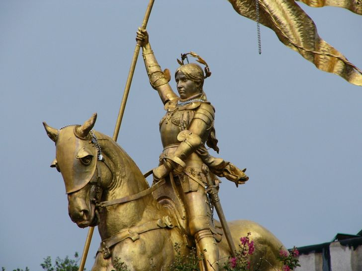 A photo of a Joan of Arc statue in New Orleans, Louisiana.