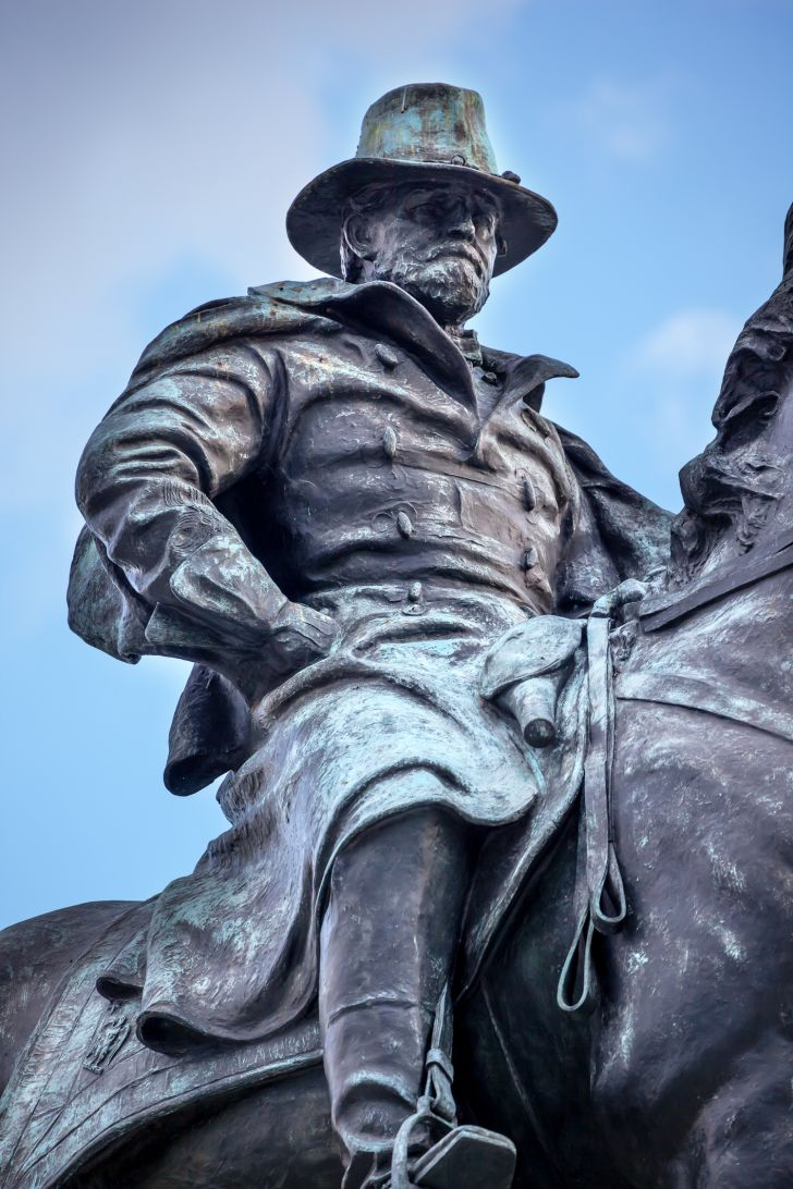 A statue of Ulysses S. Grant.
