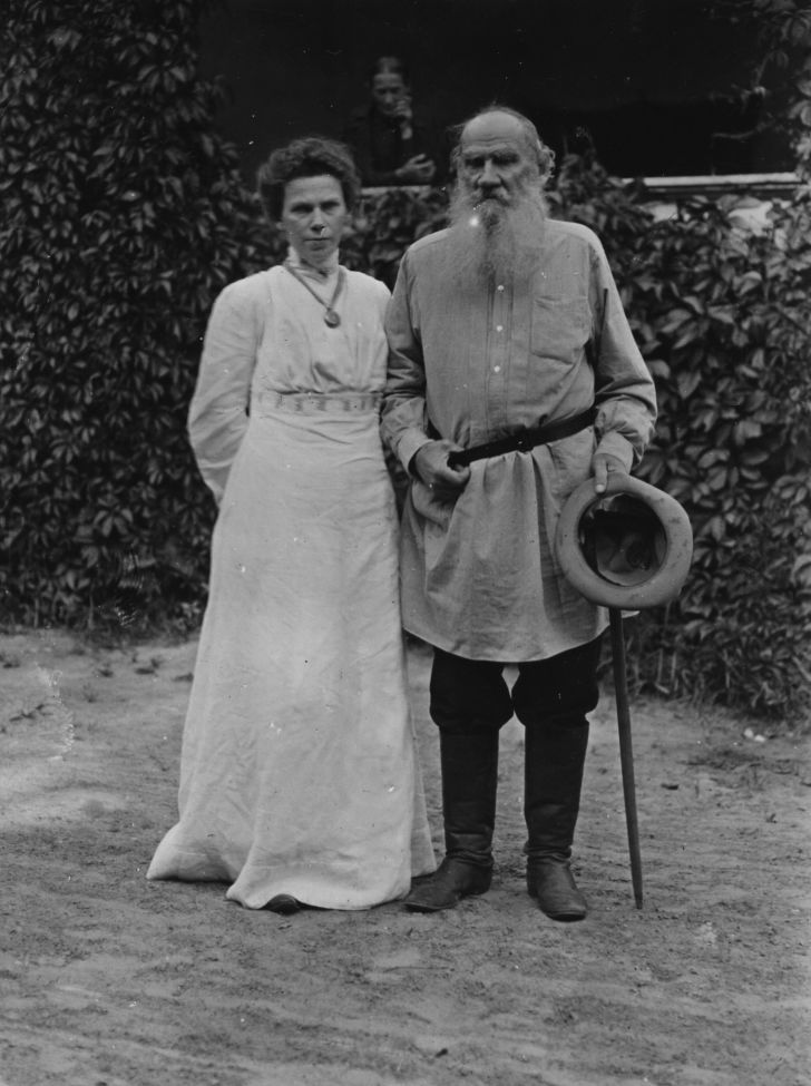 Leo Tolstoy and his daughter, Masha.