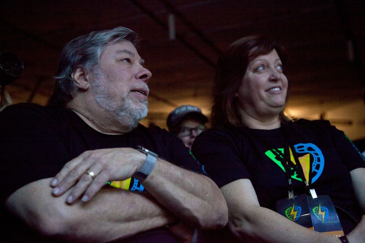 Steve Wozniak and wife Janet Hill in 2016.