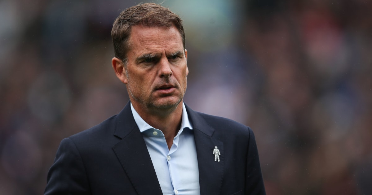 Frank de Boer Believes Liverpool Forward Needs to Bide His Time Until He Gets a Start