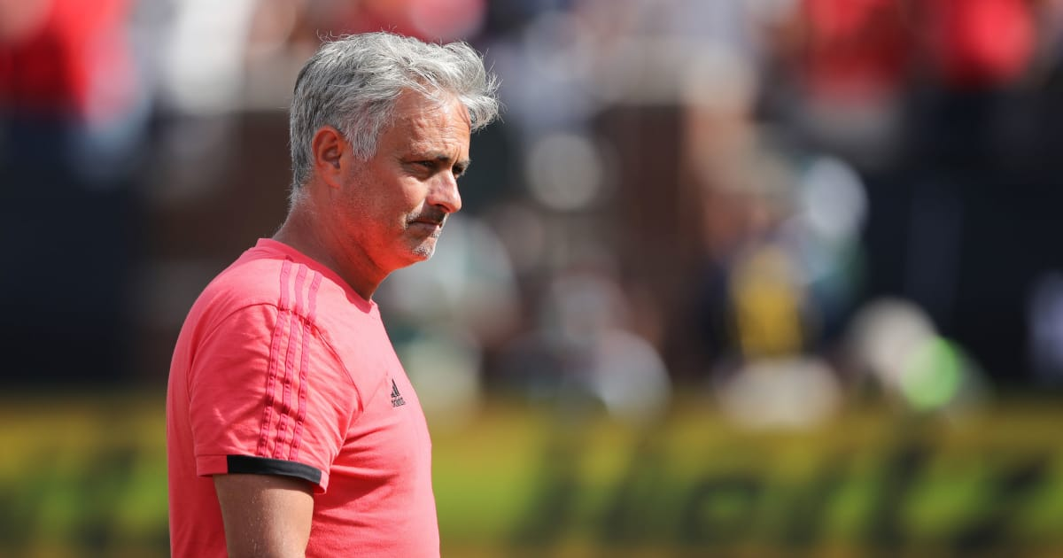 Twitter Reacts & Man Utd Fans Roll Eyes as Mourinho Lambasts Players, Refs & Babies After Defeat