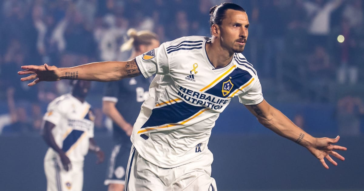 Mino Raiola 'Flies to Milan' as Reports Hint at Discussions Over Zlatan Ibrahimovic Move