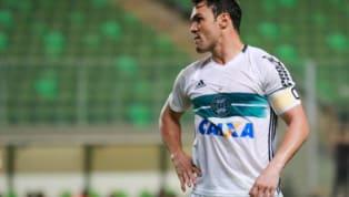 Gladiador rescinde com Coritiba e fica sem clube para o restante da temporada