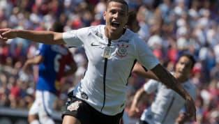 Sidcley dá adeus ao Corinthians e embarca para a Ucrânia