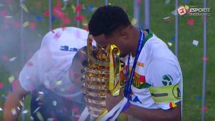 Sampaio segura o Bahia na Fonte Nova e conquista o título inédito da Copa do Nordeste
