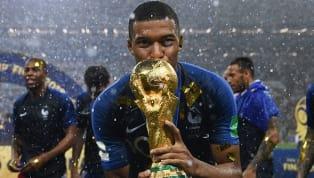 Pelé brinca com recorde de Mbappé e jogador responde: 'Sempre continuará sendo rei'