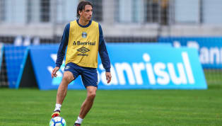 Geromel diz que eliminação na Copa 'ainda dói', mas vibra: 'Passar para frente o que aprendi'