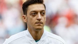 OFICIAL: Mesut Özil anuncia sua aposentadoria da seleção alemã
