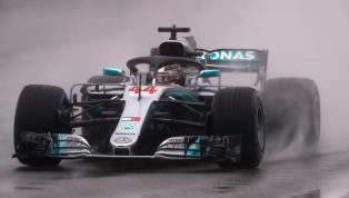 Na chuva, Lewis Hamilton chega à 77ª pole na carreira