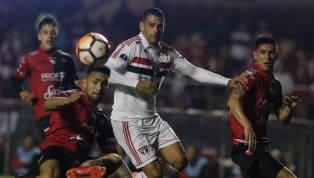 Diego Souza agride argentino pela Sul-Americana, mas árbitro não vê