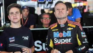 Na estratégia, Barrichello leva corrida do milhão