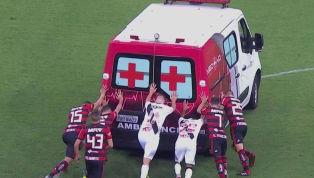 Jogadores de Vasco e Flamengo precisam empurrar ambulância que socorreu Bruno Silva