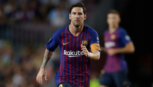 Messi chega a 300 gols no Camp Nou com a camisa 10 do Barcelona