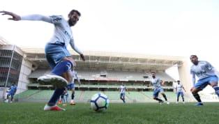 Palmeiras treina com retorno de titulares em Minas Gerais