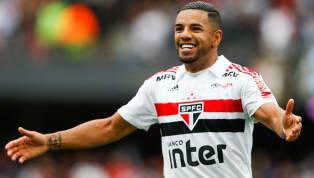 Bruno Peres treina normalmente e deve reforçar o São Paulo contra o Botafogo