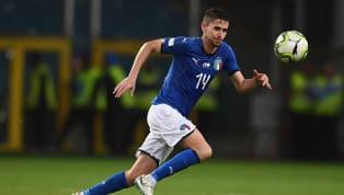 Com menos de um minuto, Jorginho manda bola no travessão e perde chance para a Itália