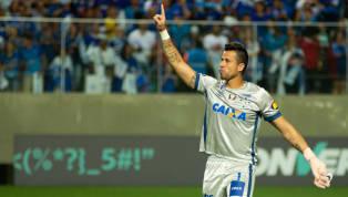 No 'jogo das faixas', Fábio comemora 800 jogos pelo Cruzeiro e tem noite de gala