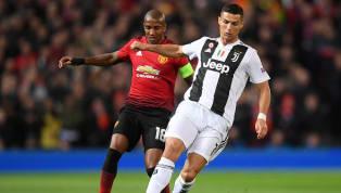 Cristiano Ronaldo dá belo drible em jogo contra o Manchester United