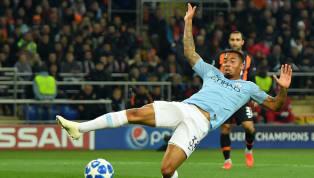 Gabriel Jesus perde grande chance para o Manchester City de cara com o goleiro