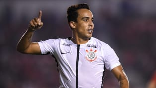 Jadson usa emojis para provocar o Palmeiras após eliminação na Libertadores