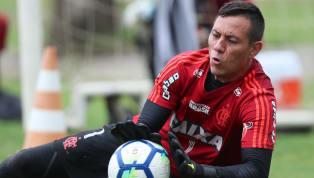Diego Alves desobedece orientação da diretoria do Flamengo em treino desta sexta-feira