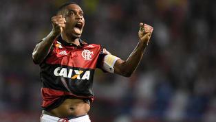 Aposentadoria adiada: Juan renova contrato com o Flamengo até abril de 2019