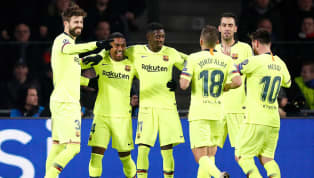 Messi cobra falta e Piqué amplia para o Barcelona