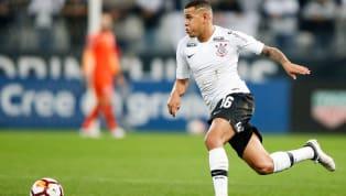 Nas redes sociais, Sidcley se despede de Corinthians e Atlético-PR; lateral vai jogar na Ucrânia