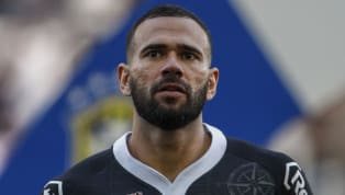 Corinthians estuda contratar Leandro Castán, do Vasco