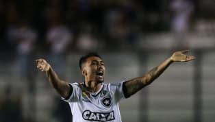 Botafogo encara o Corinthians com novidades; confira a escalação