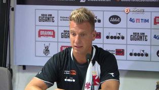 VÍDEO: 'Uma grande responsabilidade', afirma Maxi sobre usar camisa 11 de Romário