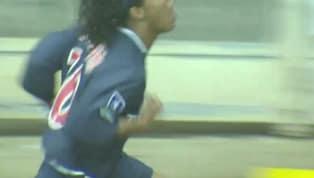 VÍDEO: Paris Saint-Germain relembra adeus de Ronaldinho Gaúcho há 15 anos