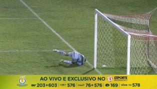 VÍDEO: Augusto converte cobrança de falta e marca um lindo gol no Arruda