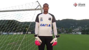 Conheça o goleiro John, fã de Dida e destaque do Santos no Brasileirão de Aspirantes