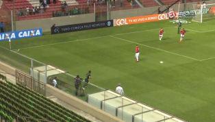 VÍDEO: Na vitória do América-MG sobre o Internacional, Juninho marca um golaço de fora da área