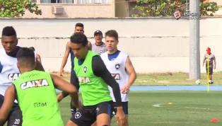 VÍDEO: Chegada de Zé Ricardo no Botafogo é marcada por muitas orientações aos jogadores