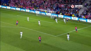 Diego Costa abre o placar para o Atlético de Madrid na Supercopa da Europa