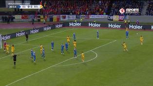 VÍDEO: Lukaku aproveita rebote e faz o segundo da Bélgica