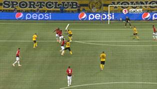 VÍDEO: Pogba manda bomba no ângulo e abre o placar para o Manchester United