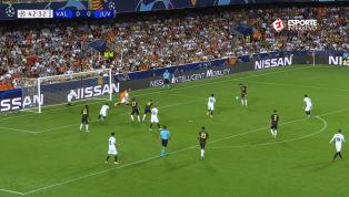 VÍDEO: Sem Cristiano Ronaldo, Pjanic bate pênalti e abre o placar para a Juventus