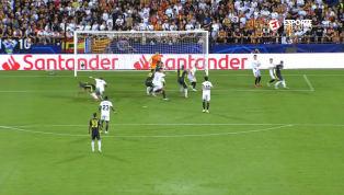 VÍDEO: Bonucci é derrubado na área, Pjanic cobra mais um pênalti e faz o segundo gol da Juventus