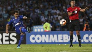 Contra o América-MG, Robinho faz seu 100º jogo com a camisa do Cruzeiro