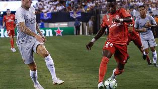 Ousadia, assistência relâmpago e quase golaço: Vinícius Júnior impressiona no Real Madrid