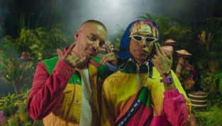 """CRITICADO: Comentarios negativos sobre la participación de J Balvin en el remix del tema """"Mocca"""""""